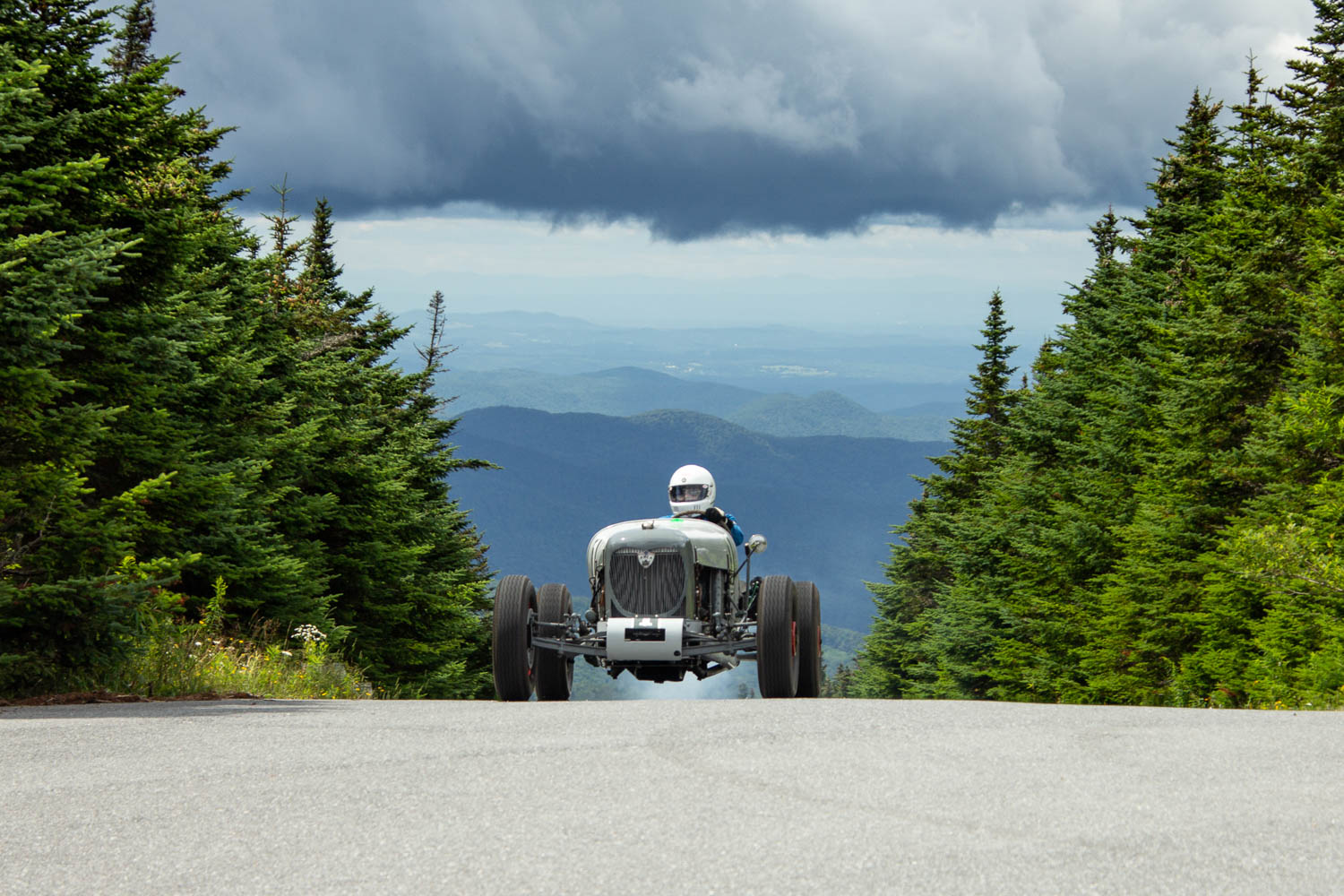 Ben Bragg and his Ford-powered 1935 Old Grey Mare Special. Bragg installed a leak-proof dipstick to keep oil in the flathead V-8 using race-proven wood and safety wire.
