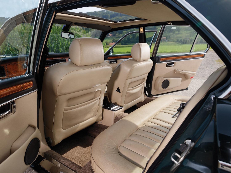 1984 Daimler Double Six Long-Wheelbase Saloon