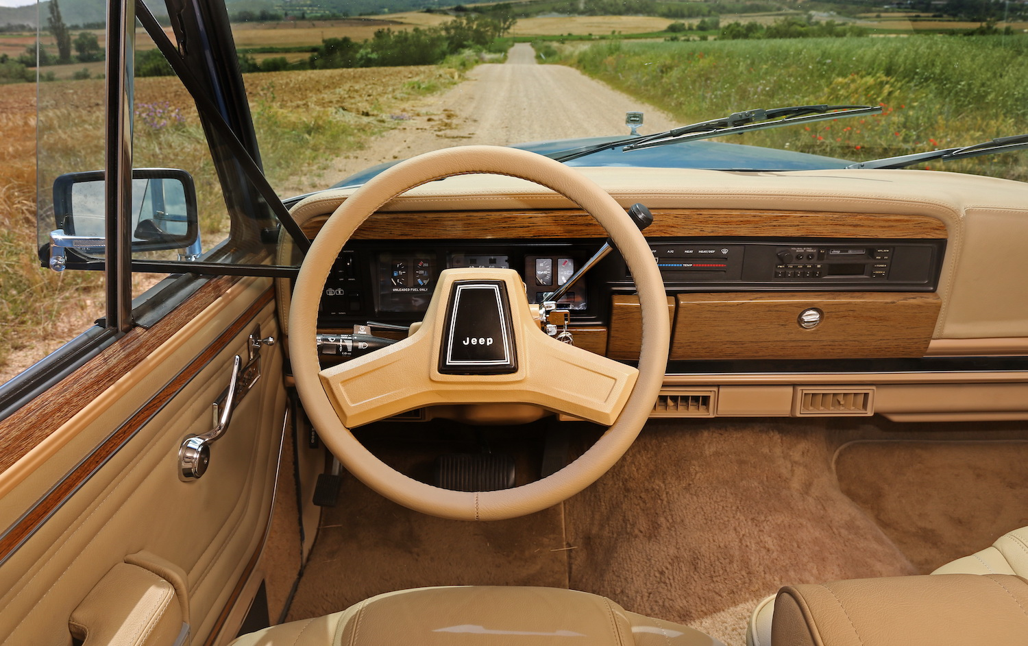 Jeep Grand Wagoneer Dash Interior