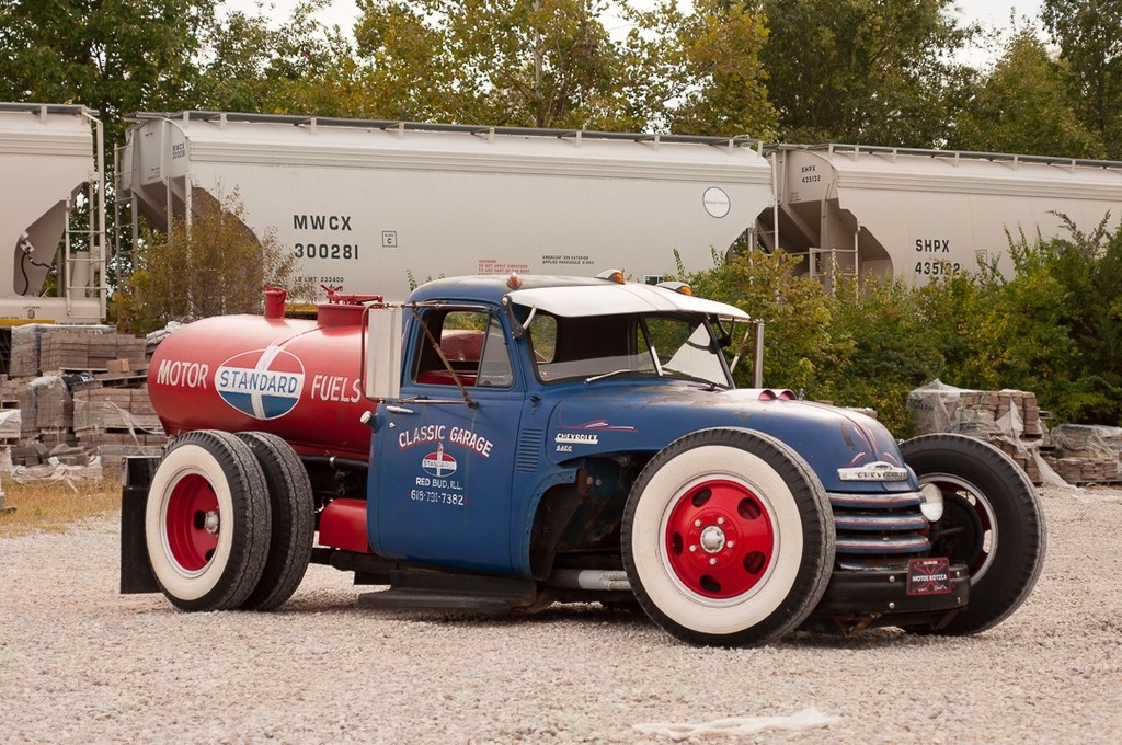 This hot rod hauler pulls off an unconventional look thumbnail