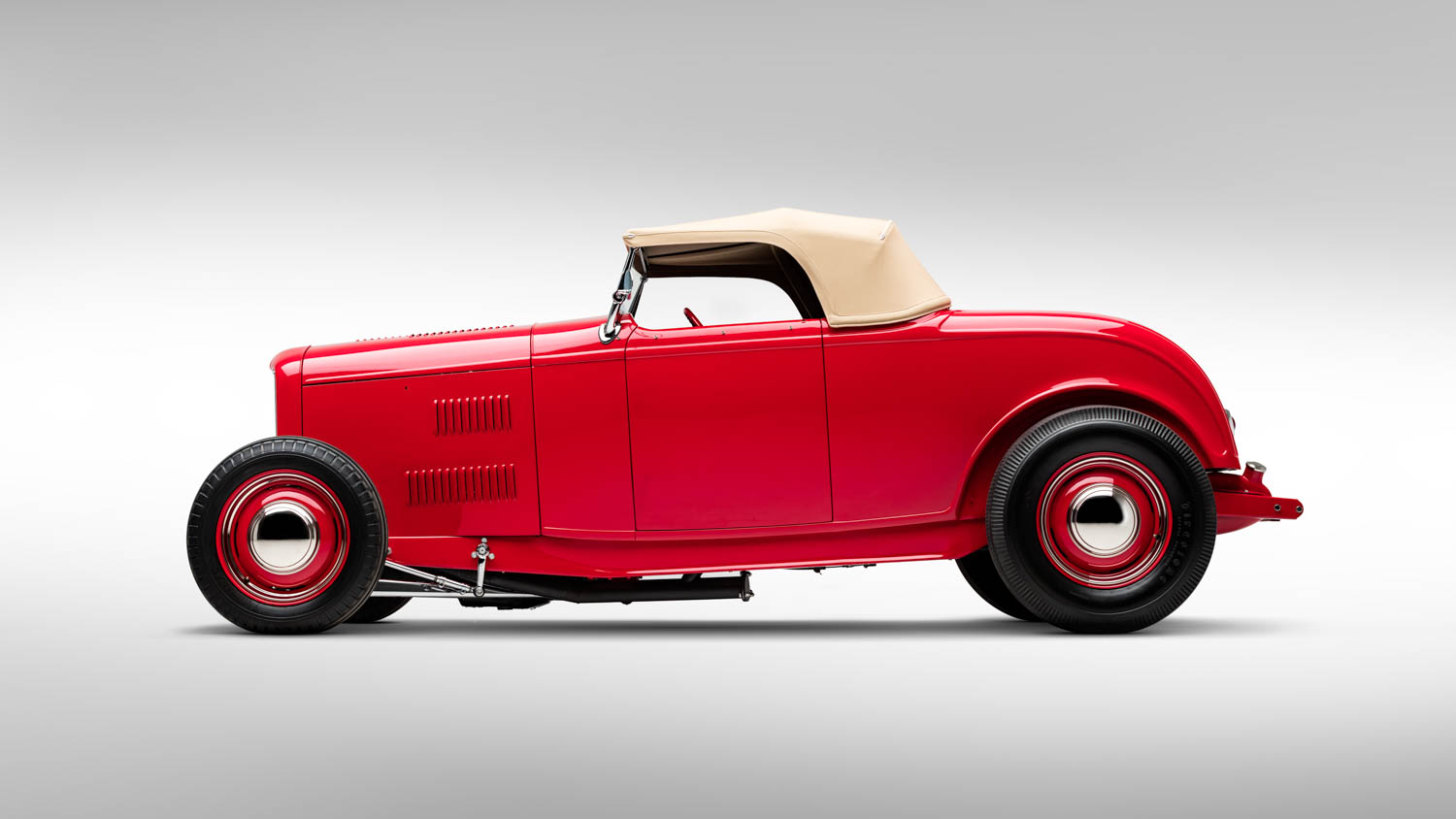 1932 Ford V-8 Roadster (McGee Roadster)