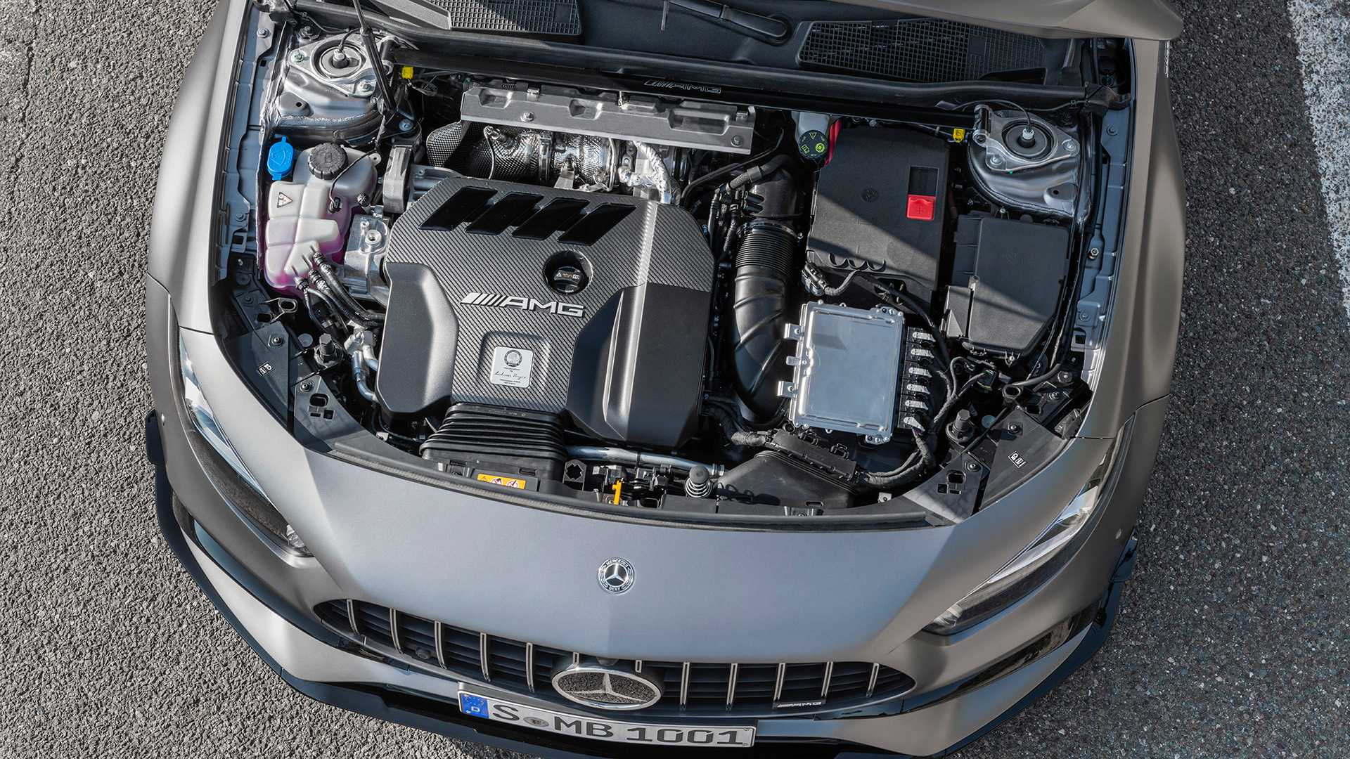 Cutting through the four-cylinder C63 AMG rumors thumbnail