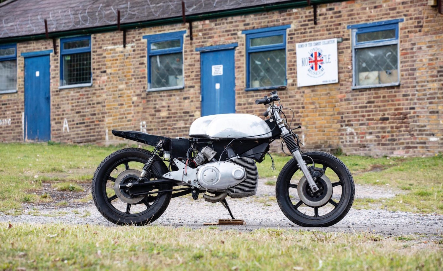This rotary Norton bike project will spice up your weekend jaunts