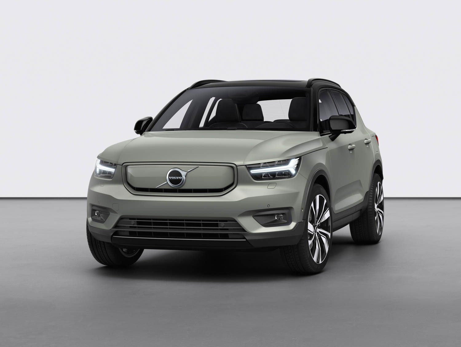 Volvo all-electric XC40 Recharge