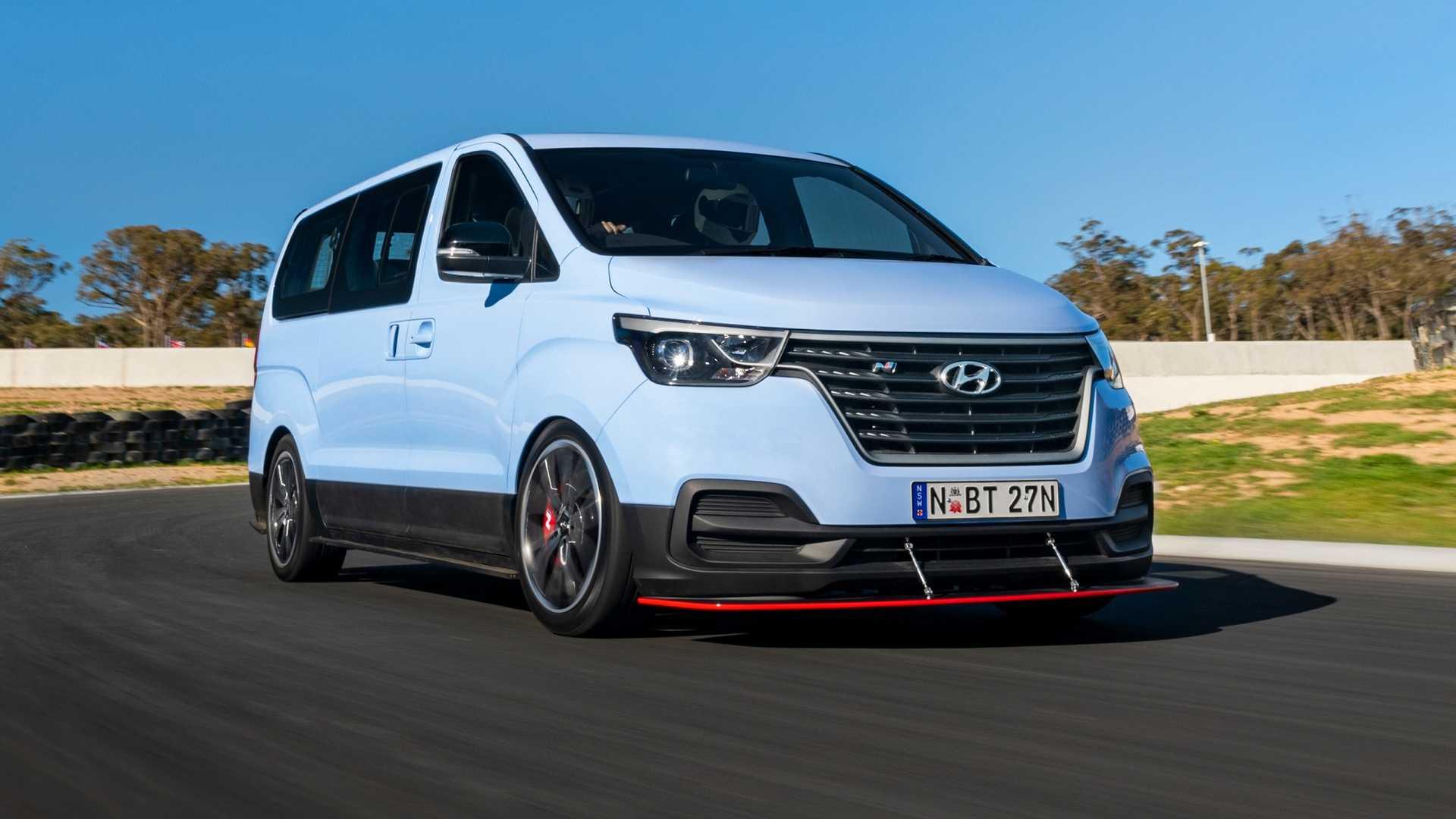 Hyundai iMax N 'Drift Bus'