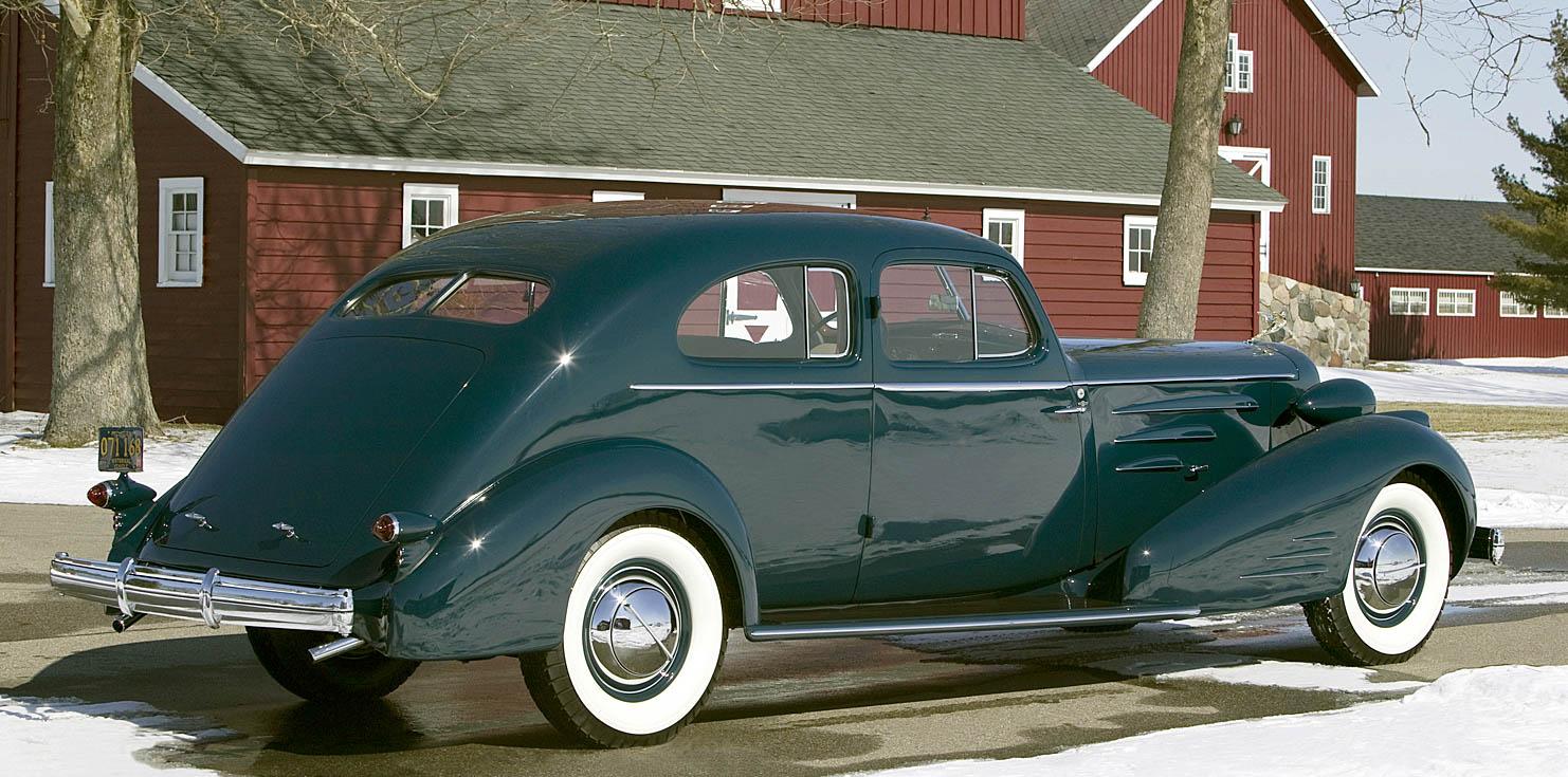 1933 Cadillac Aerodynamic