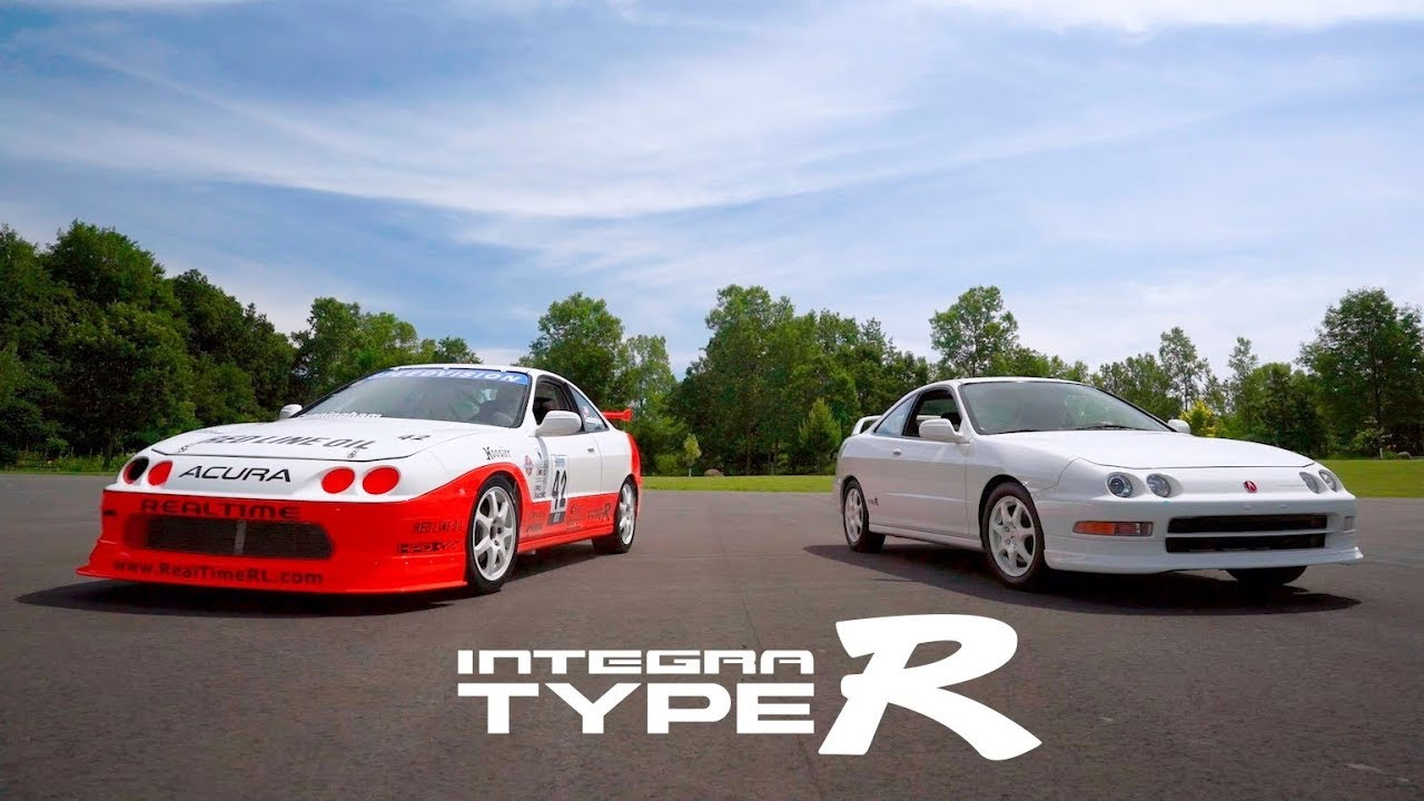 Enjoy this famous Integra Type R race car hammering around Road America thumbnail