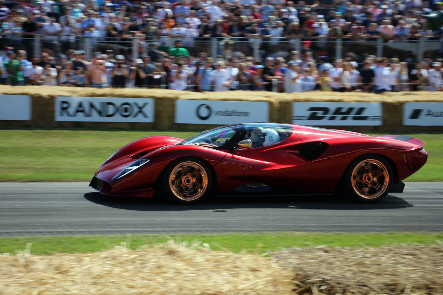 The De Tomaso P72 is powered by a supercharged Roush V-8 with 700+ hp thumbnail