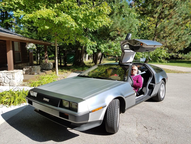 DeLorean Delight: Test driving John Z's bullet—again thumbnail