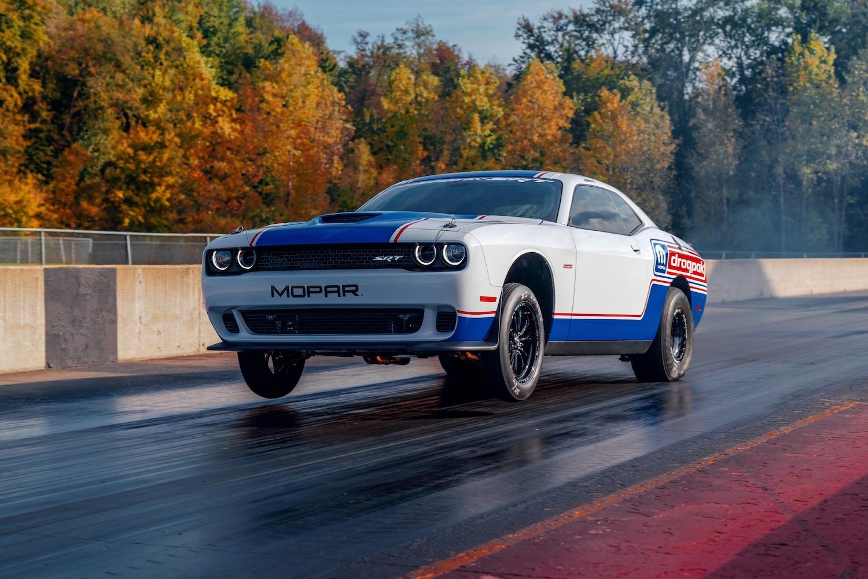 Dodge unveils 2020 Challenger Drag Pak thumbnail