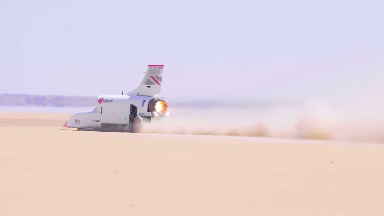 Watch the Bloodhound LSR blast to 501 mph thumbnail