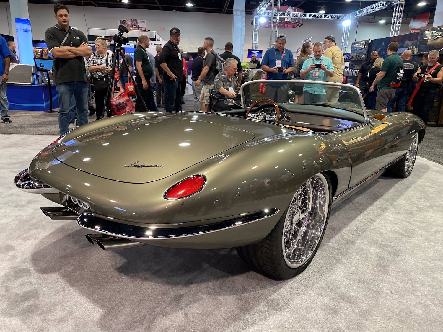 Jaguar E-Type 2019 SEMA