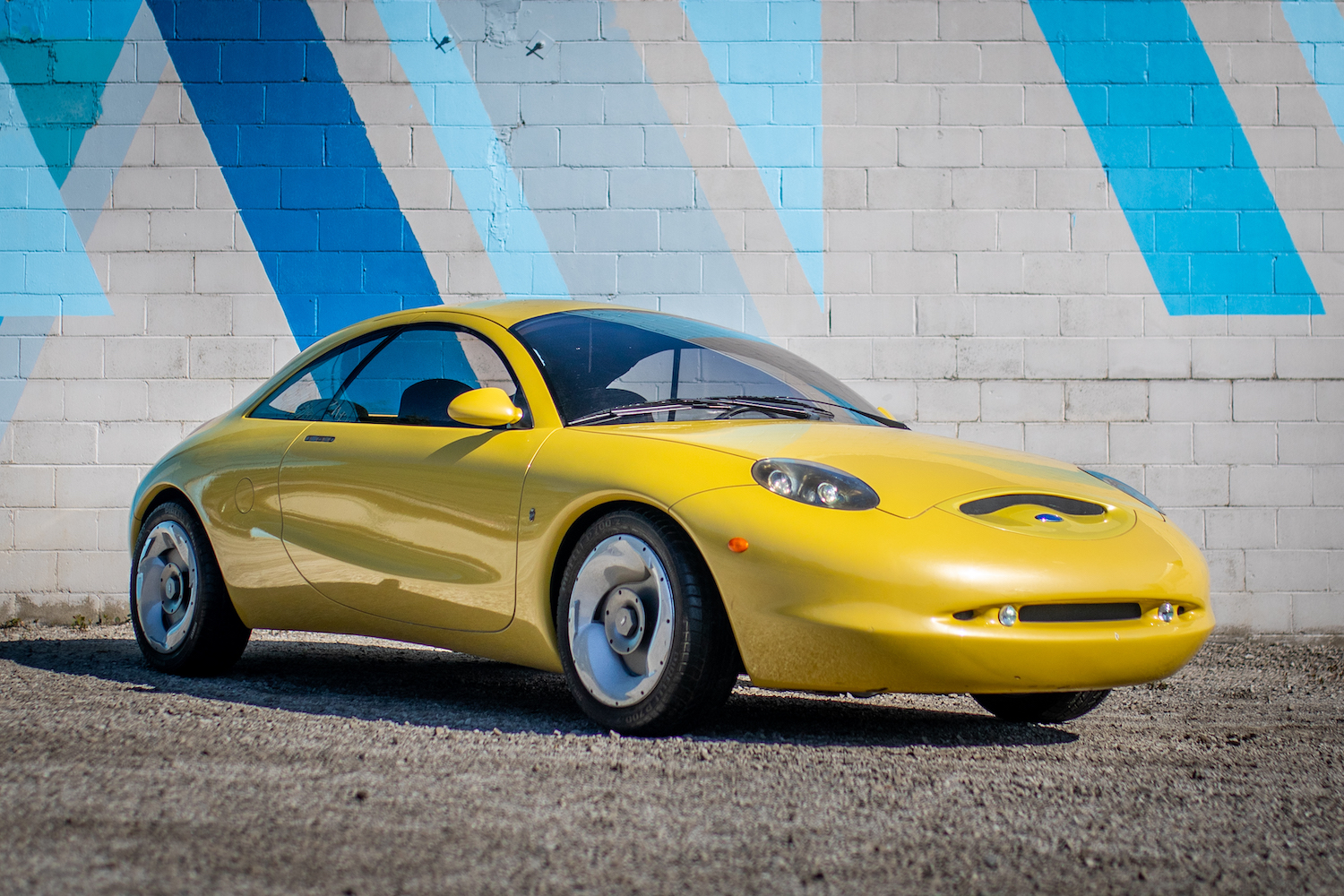 Ever dreamed of owning a concept? This '90s Ford show car might spark your desire