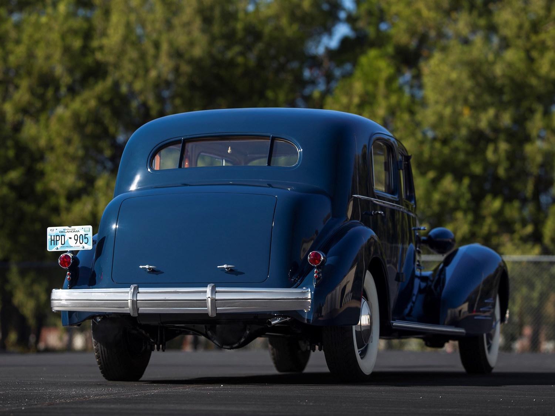 1936 Cadillac V-16 Town Sedan Fleetwood