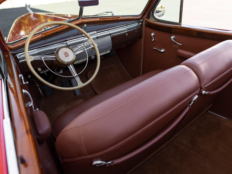1939 Cadillac V-16 Convertible Coupe Fleetwood