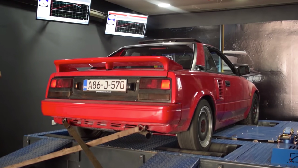 Toyota MR2 Dyno