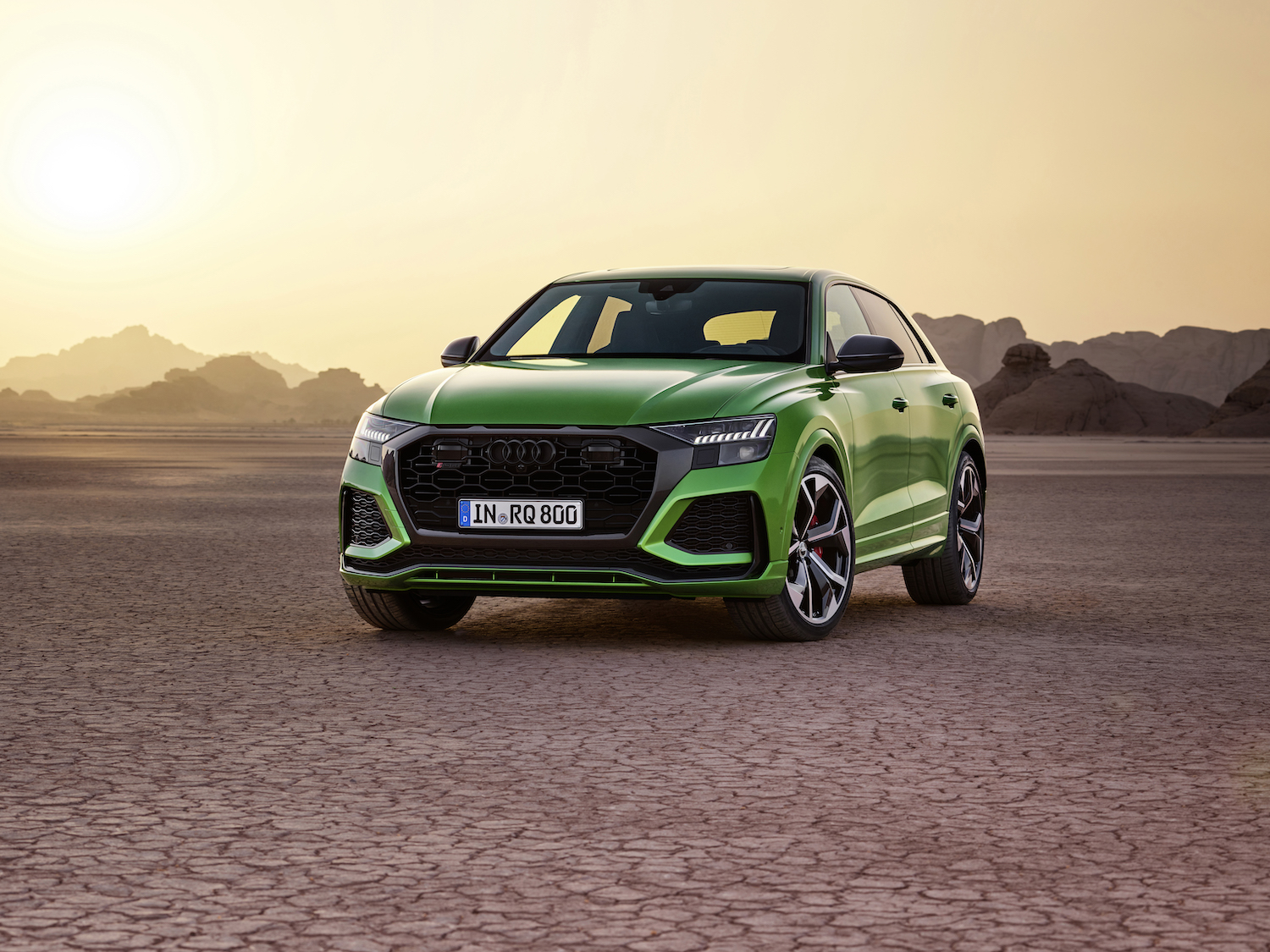 The 2020 Audi RS Q8 is your 591-horsepower mild-hybrid monster SUV thumbnail