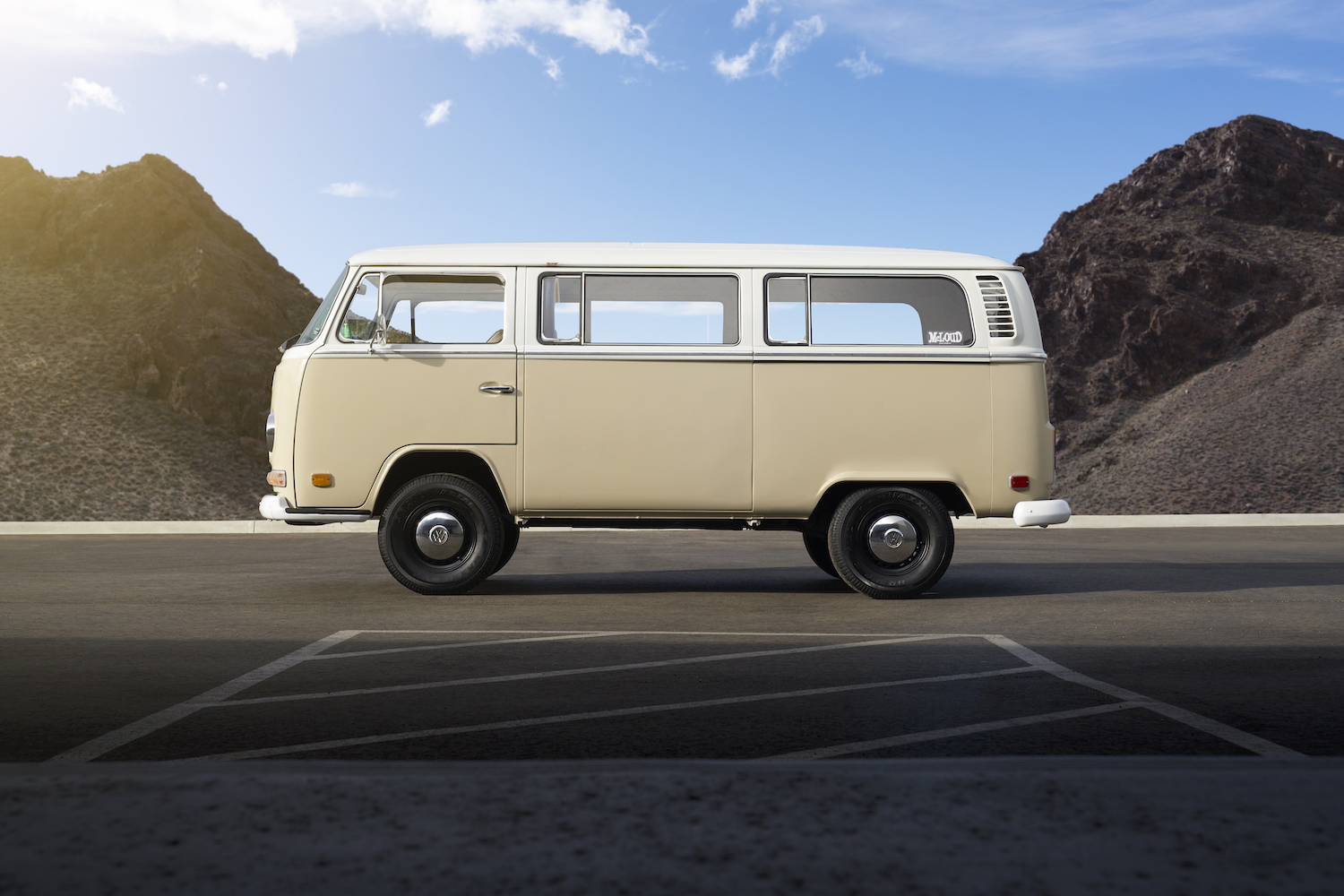 1972 Type 2 bus electric vehicle