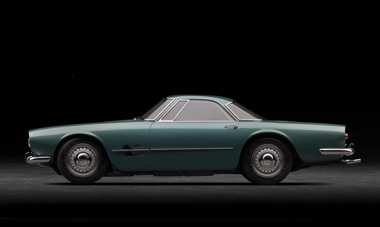 Maserati 5000 GT side profile