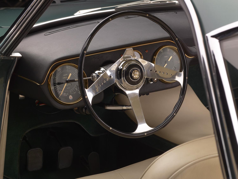 Maserati 5000 GT interior wheel