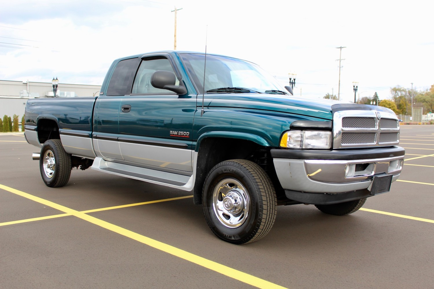 This 1998 Dodge Ram looks like it was built yesterday