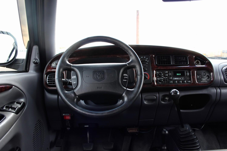 1998 Dodge Ram 2500 Diesel 4×4 5-Speed interior dash