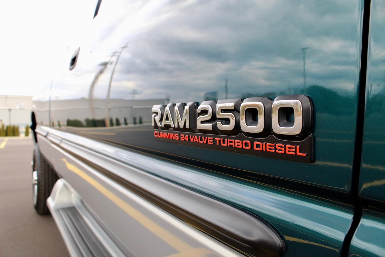 1998 Dodge Ram 2500 Diesel 4×4 5-Speed badging