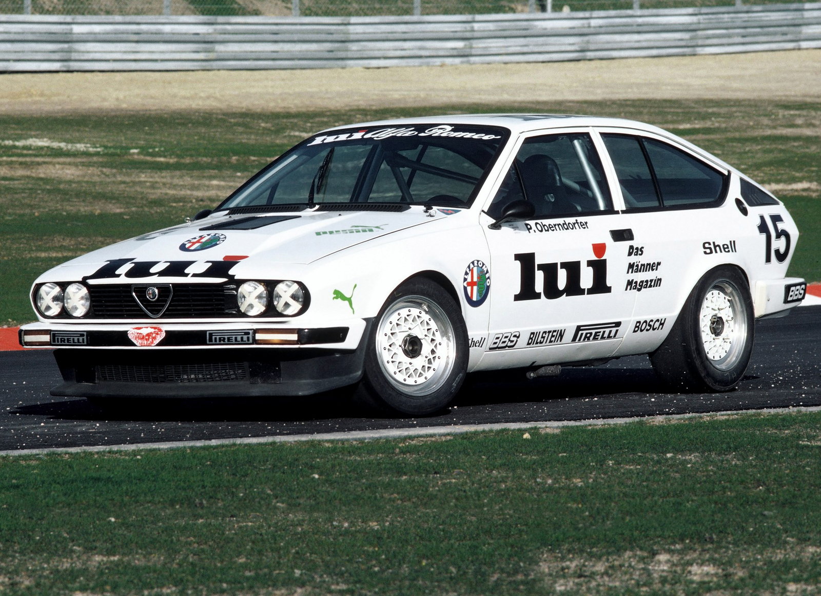 1982 gtv6 race car front three-quarter