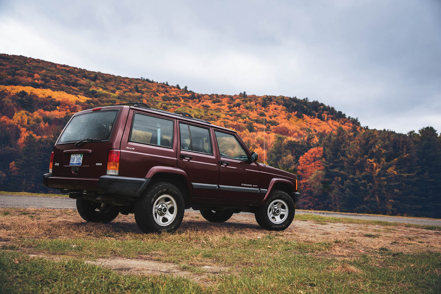 2020 Hagerty Bull Market selection: 1984–2001 Jeep Cherokee thumbnail