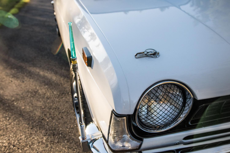 white subaru ff-1 front headlight