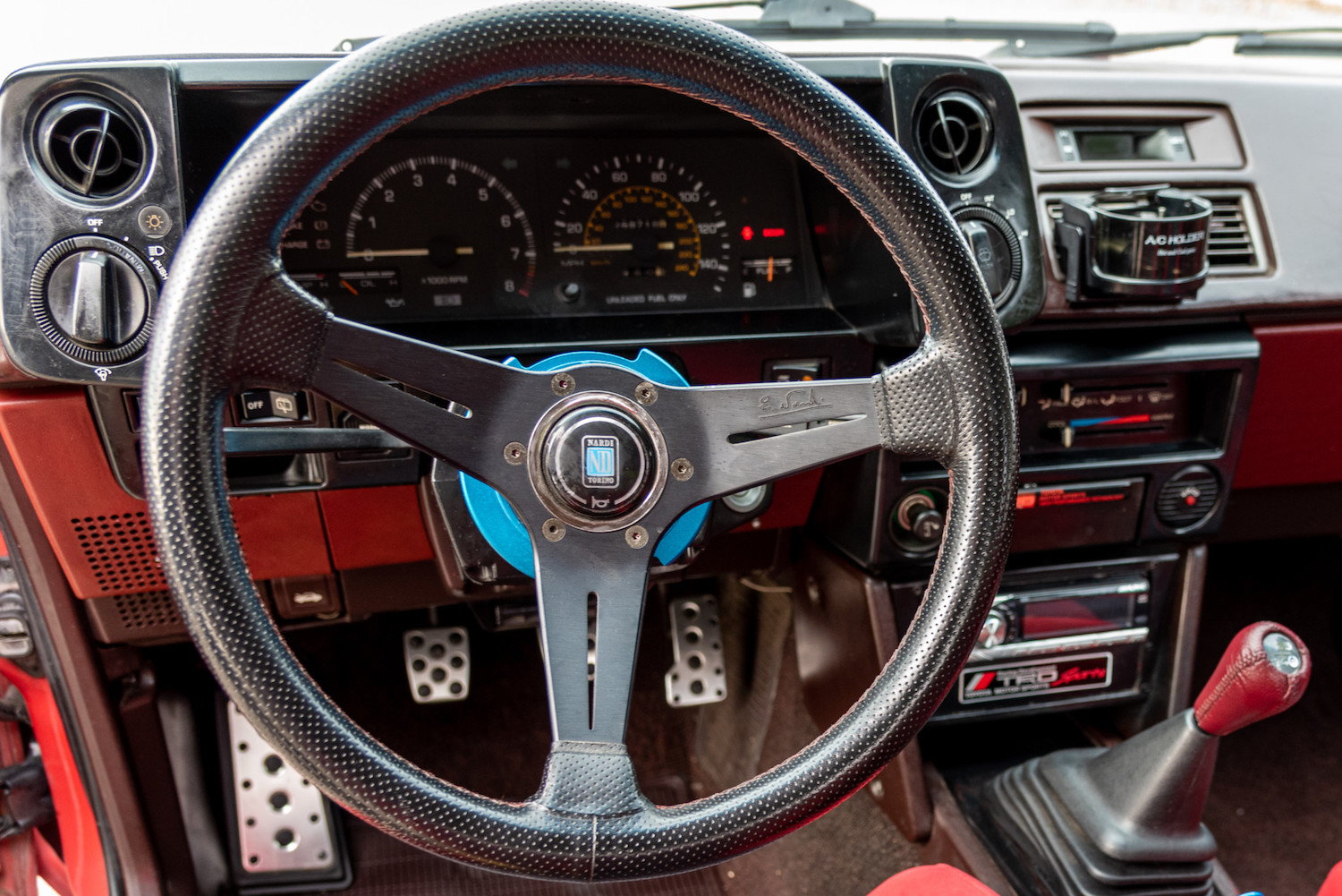 nardi wheel close-up and front dash