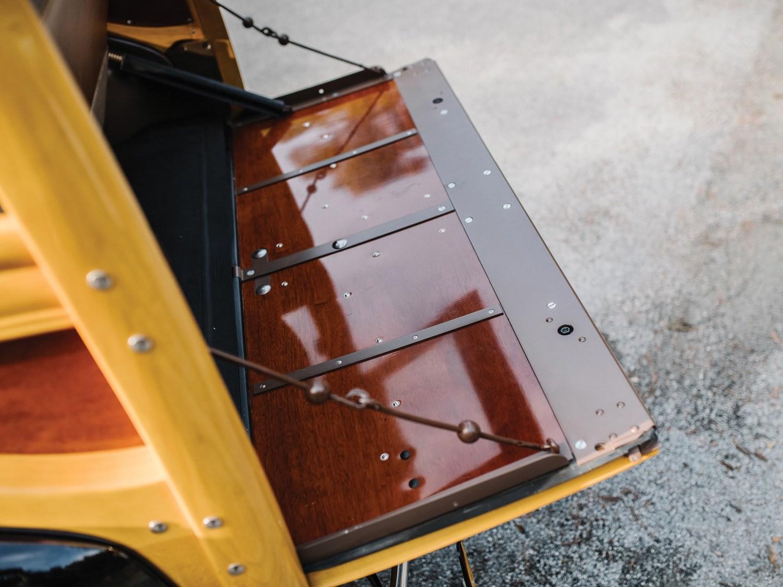 open hatch close-up detail