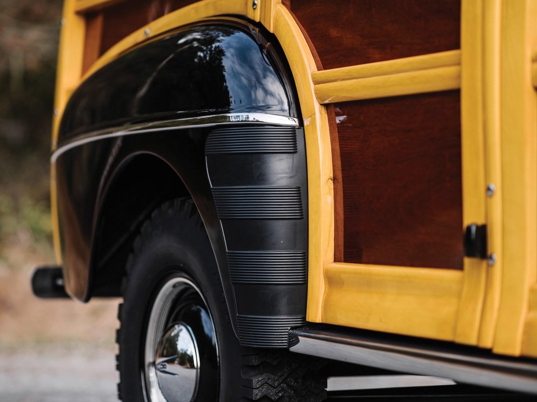 rear wheel fender