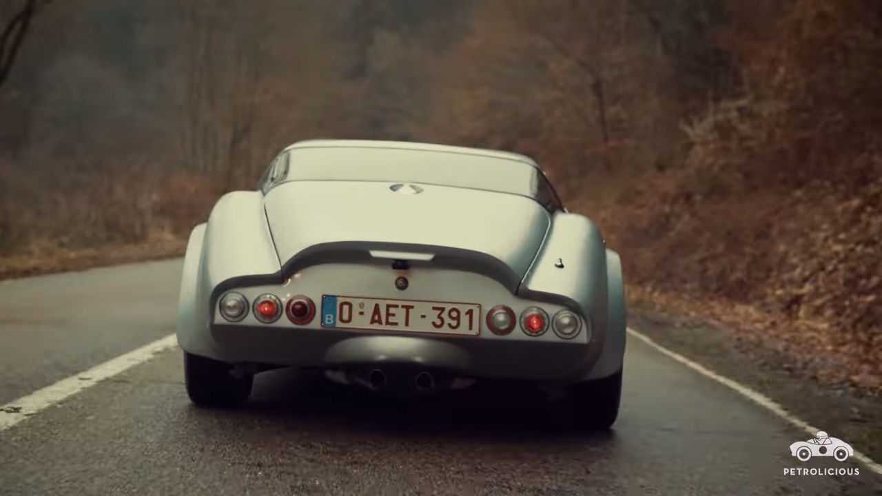 A Marcos Mantula proves that a V-8 makes everything better thumbnail