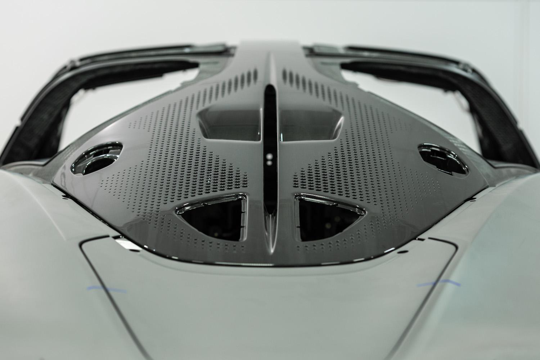 rear aerodynamic details