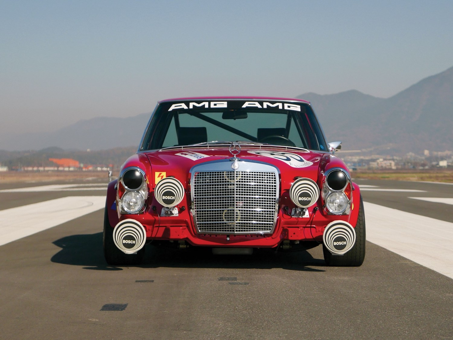 1969 Mercedes-Benz 300 SEL 6.3 'Red Pig' Replica front
