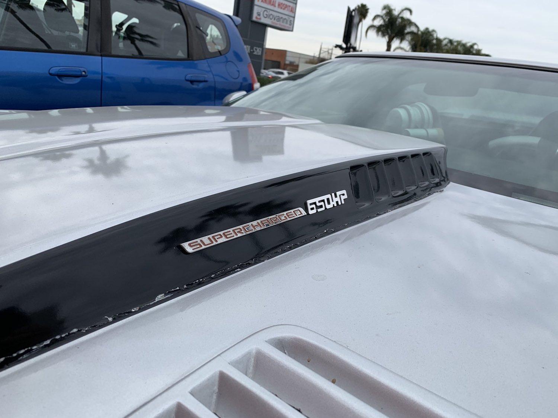 corvette front hood vent detail