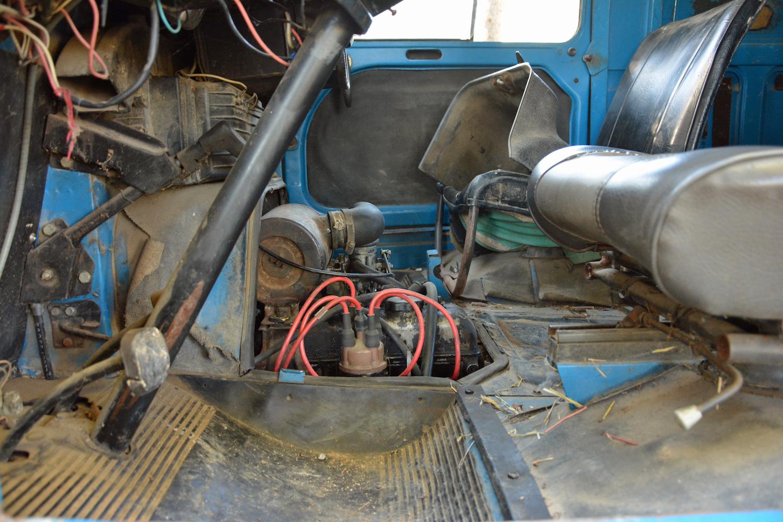 interior engine side-view
