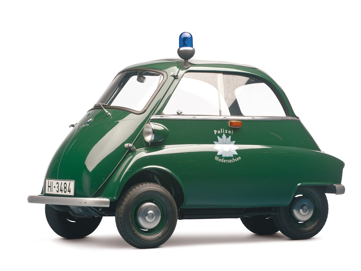 green front three-quarter police car
