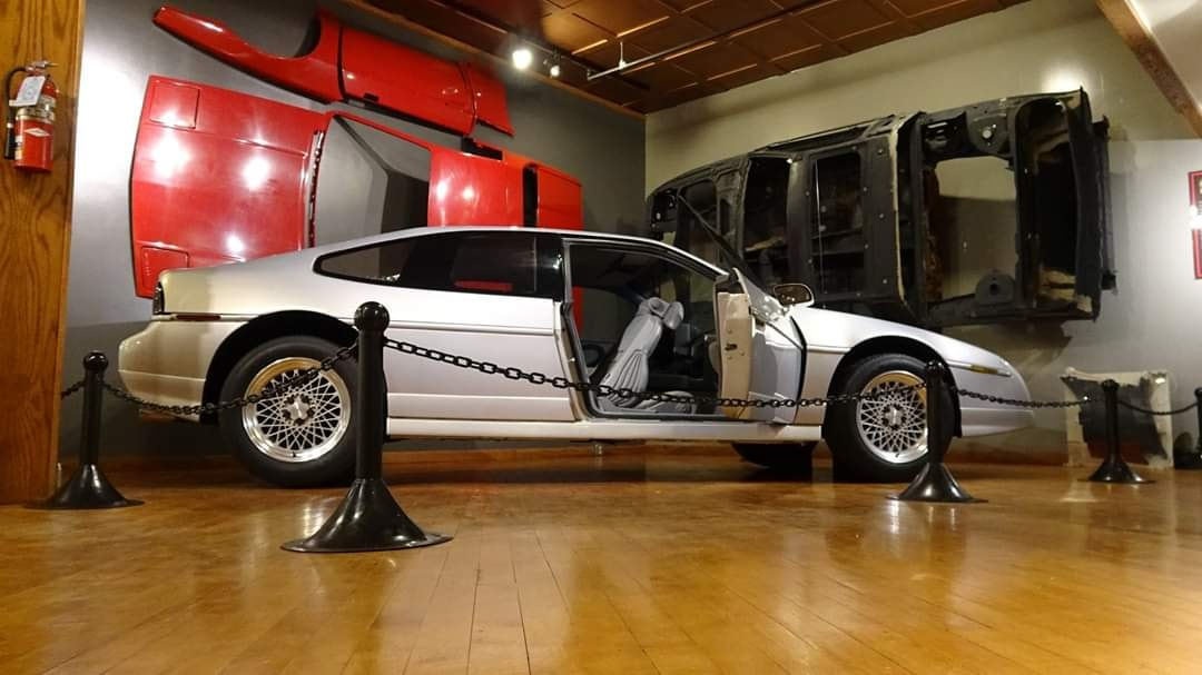 Fiero 2+2 4 seat Concept Prototype side-view