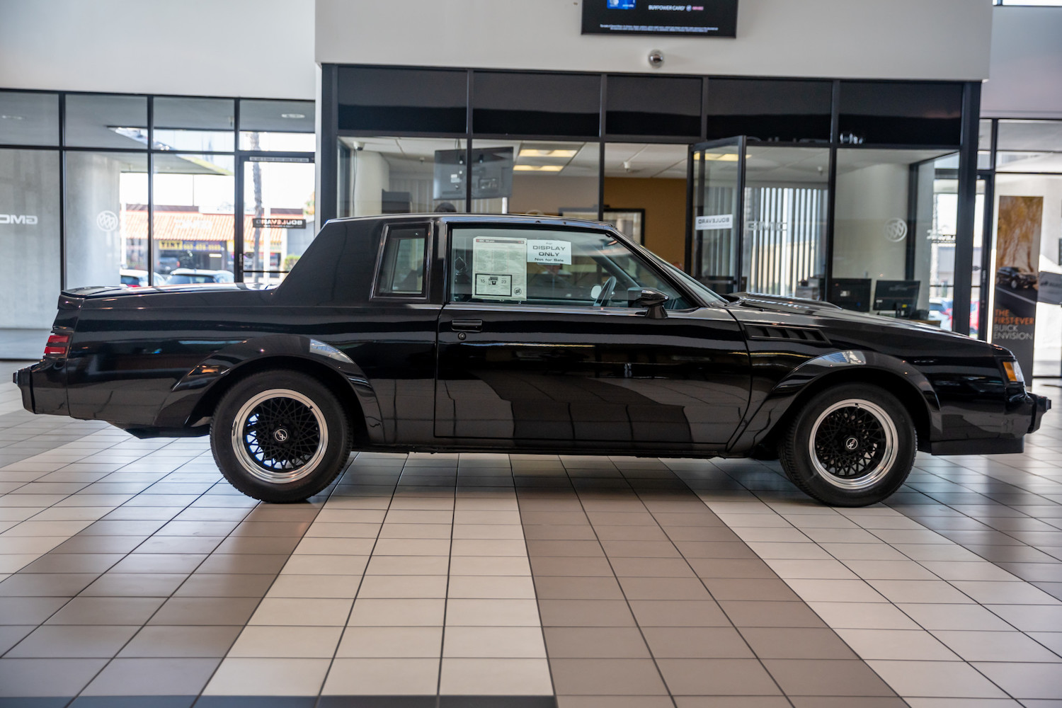 1987 Buick GNX side-view