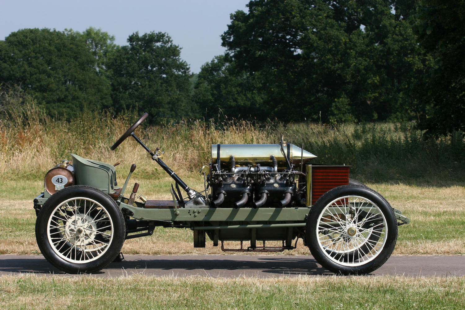 1905 Darracq Sprint Two-Seater side-view
