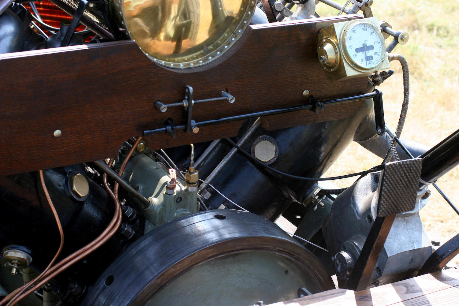 1905 Darracq Sprint Two-Seater close-up