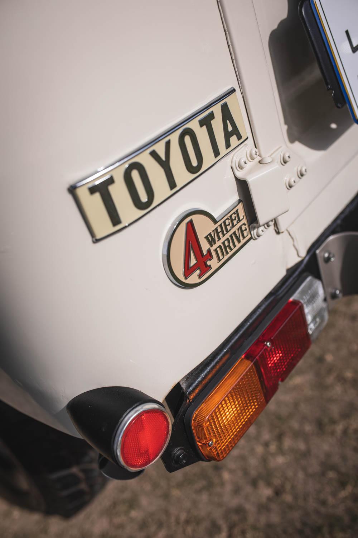 Toyota FJ Leake auctions