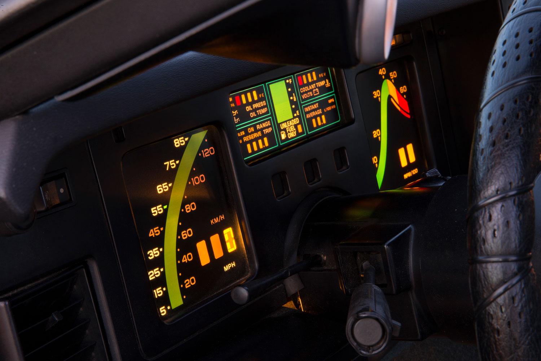 C4 Corvette gauges