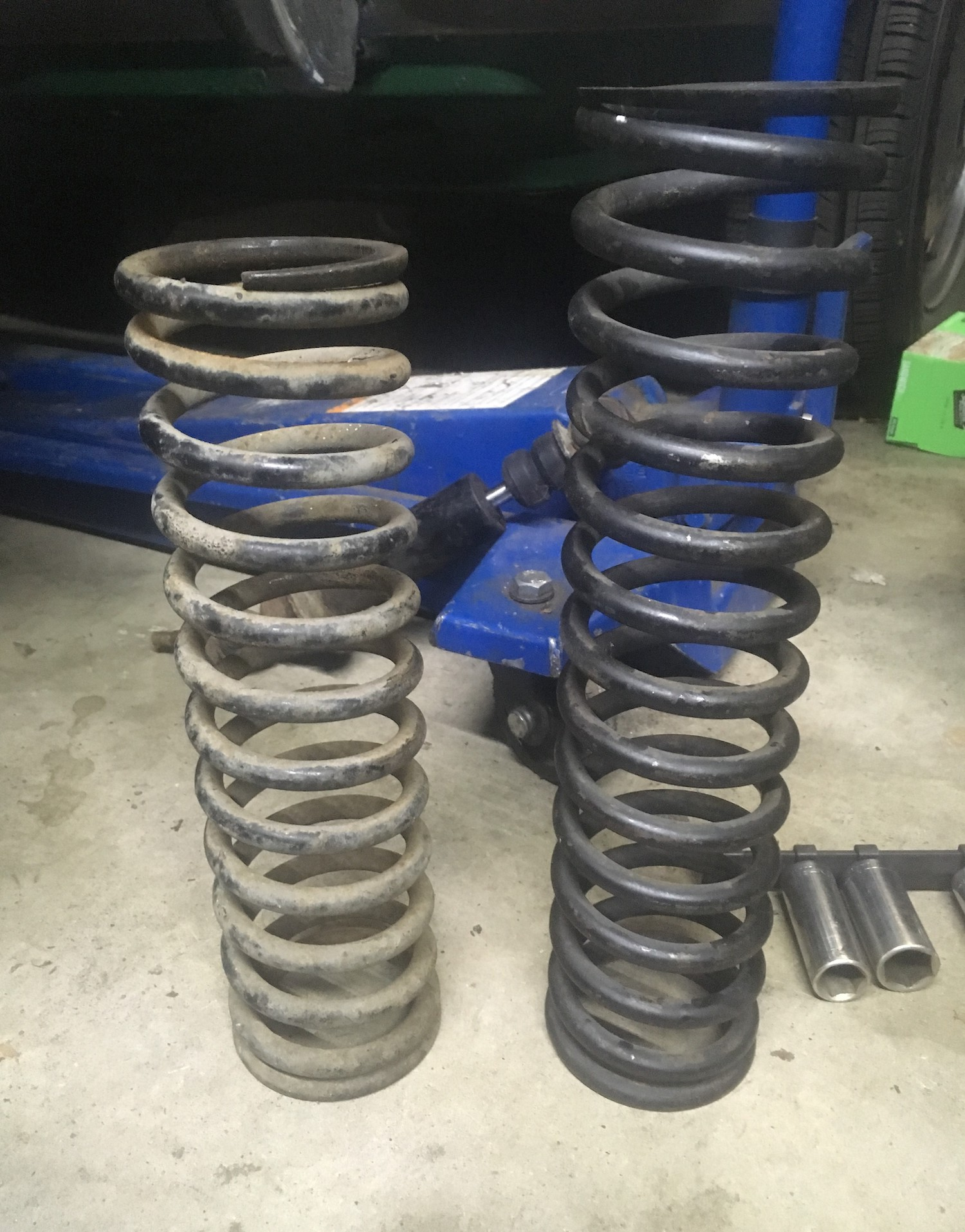 two different springs on shocks