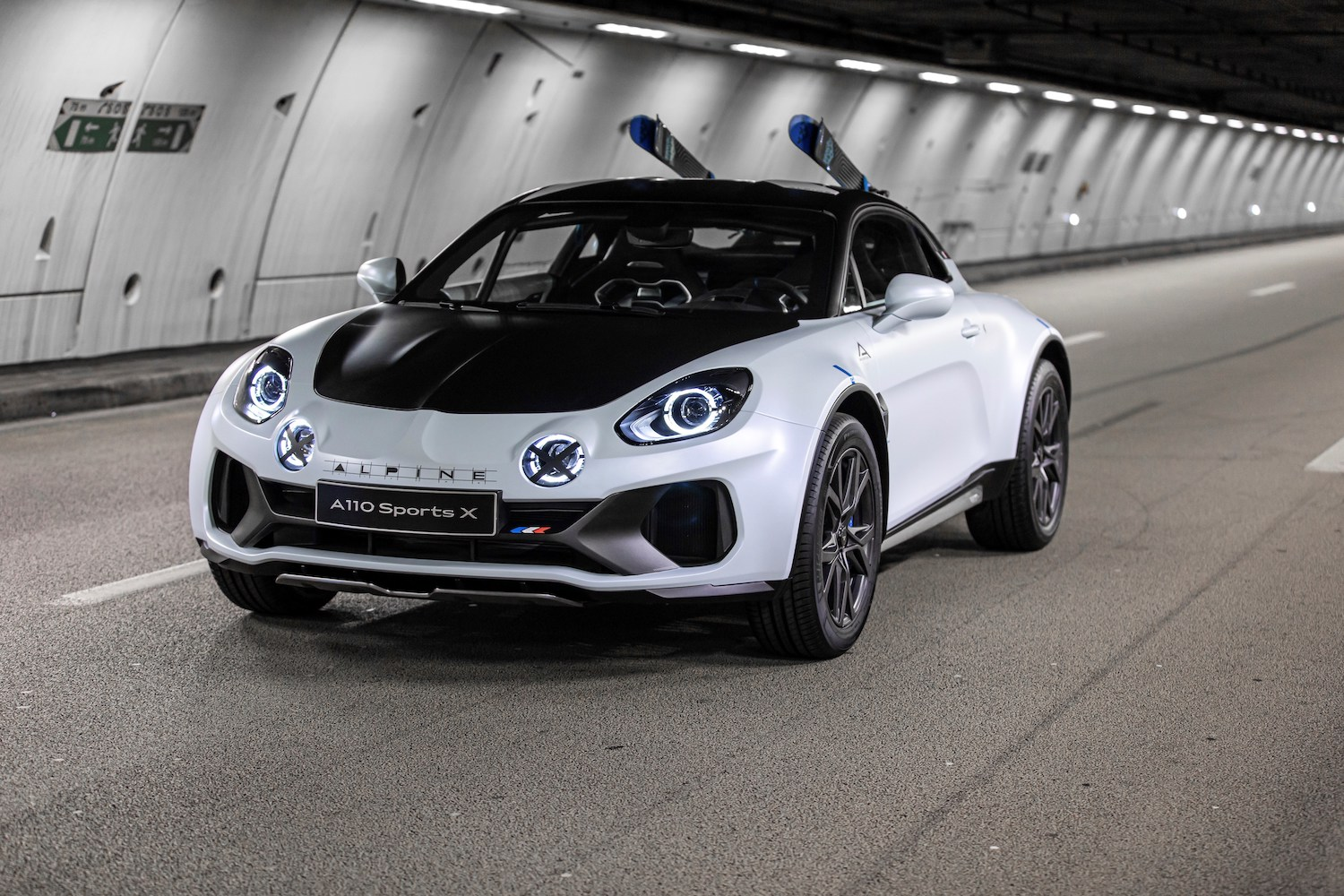 Alpine A110 SportsX front three-quarter