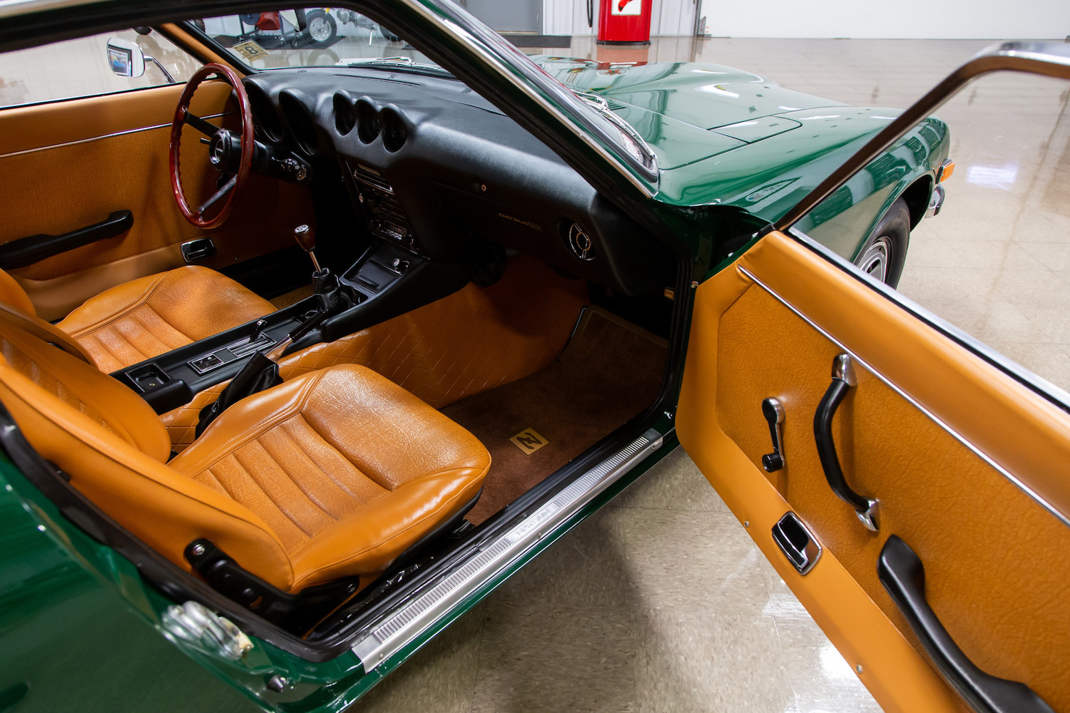 1971 Datsun 240Z Series I open door interior