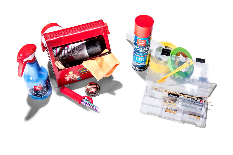 12 essentials for your mobile DIY car detailing kit thumbnail