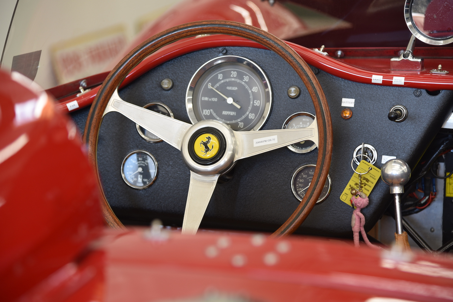 ferrari roadster interior